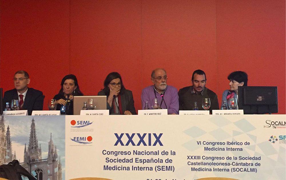 Lee más sobre el artículo Dr Carlos Larrañaga Azcárate, ginecólgo de EMN, participó como ponente en congreso nacional de Medicina Interna