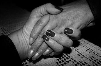 Lee más sobre el artículo Dos mujeres reciben en Suecia un trasplante de útero de sus madres